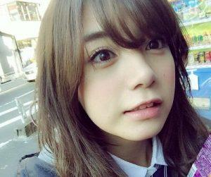 日経新聞CM女優の池田エライザ