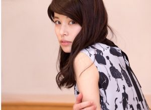 ABCマートCM女優