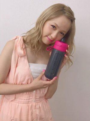 ココナッツミルクCM女優