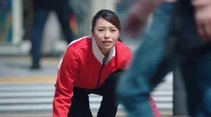 ワイモバイルCMカーリング女子